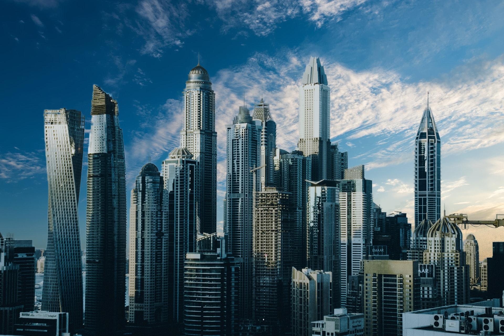 Small Guide on Cost of Setting Business in Dubai, UAE